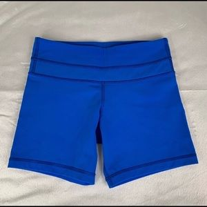 Excellent condition lulu running/yoga shorts